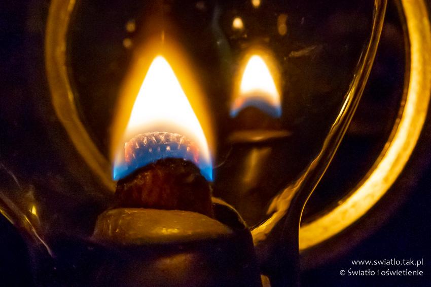 Wybrane Aspekty Historii Oświetlenia Lampa Naftowa I