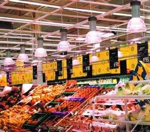 Oświetlenie supermarketów - warzywa iowoce