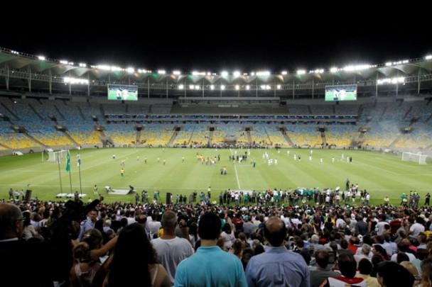 Oświetlenie stadionu - Maracana