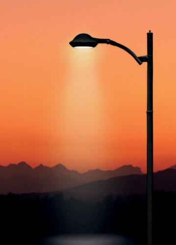 Wizualizacja świecenia lampy oskupionej wiązce światła