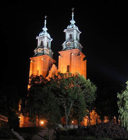 iluminacja katedry wGnieźnie