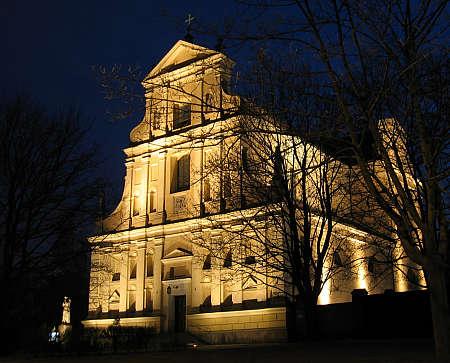 iluminacja kościoła wPoznaniu