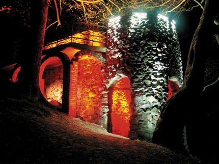 oświetlenie LED ruin