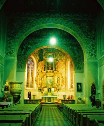 kościół przedmodernizacją oświetlenia