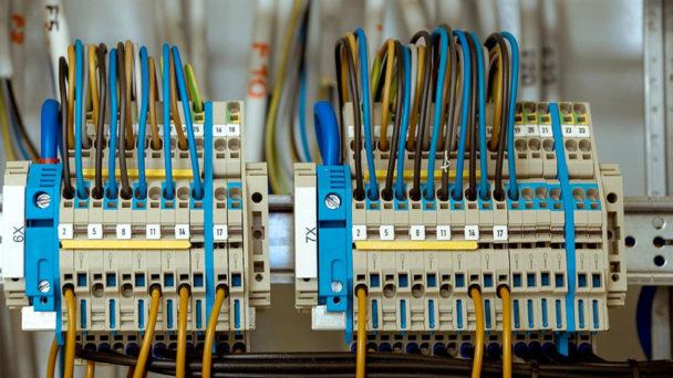 Igły dozujące wmontażu układów elektronicznych